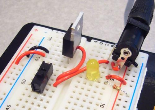 http://www.sparkfun.com/images/tutorials/BEE-Lectures/1-PowerSupply/BB-PowerSupply-0.jpg